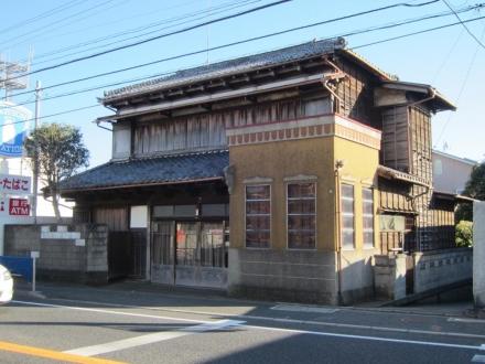 旧東海道沿いの商店