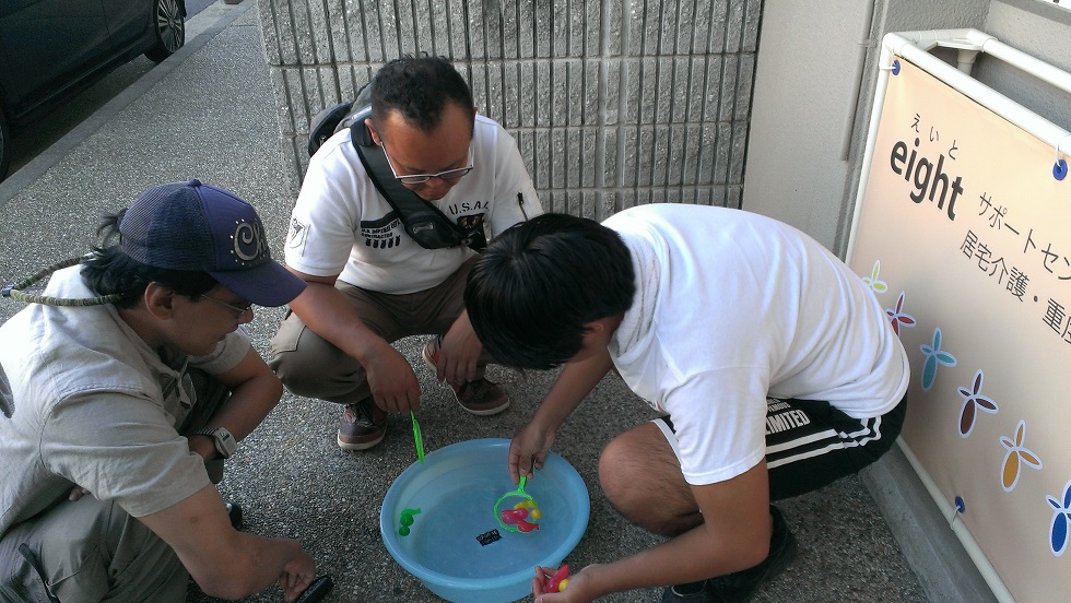 金魚すくい練習