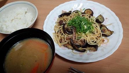 秋刀魚と茄子を使ったパスタ