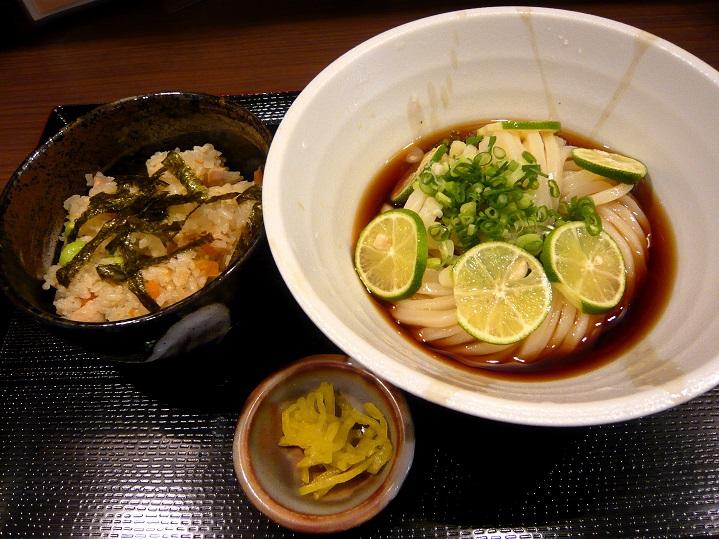 自家製麺うどん 田助1
