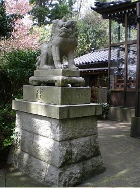 昭和16年製「献」の狛犬