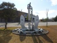 鹿屋基地史料館の巨大錨131214