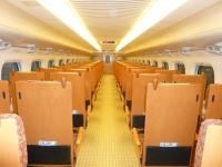 九州新幹線800系の室内後ろ側131215