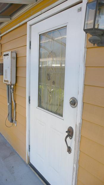 ■かわいい外国製の玄関ドア!!
