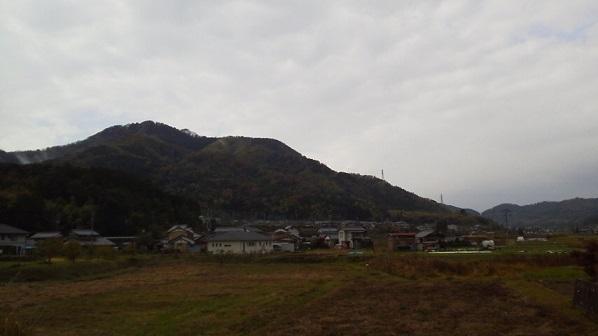 senngokuyama1.jpg