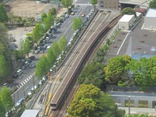 池袋方面に向かう地下鉄丸ノ内線