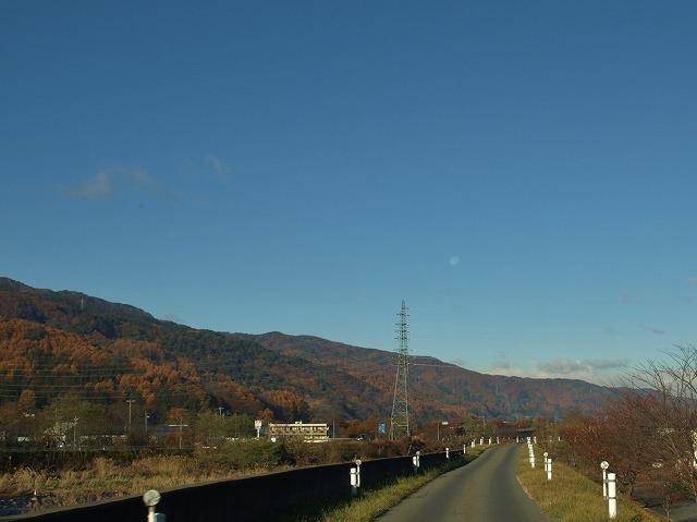 20131121月と旧道 (1)