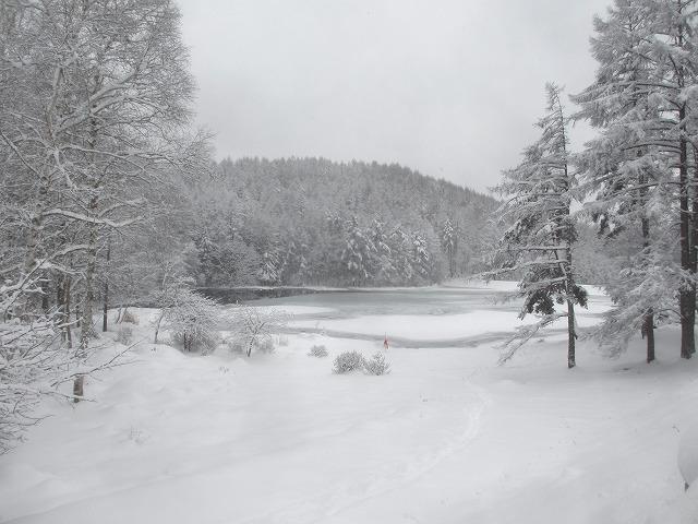 20131220御射鹿池と3号カーブの雪情報 (18)