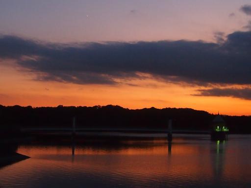 20130928・空05・狭山湖