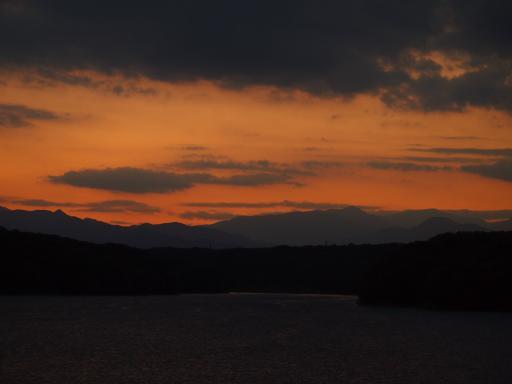 20130928・空03・狭山湖