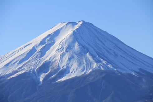 御坂峠と富士山-2