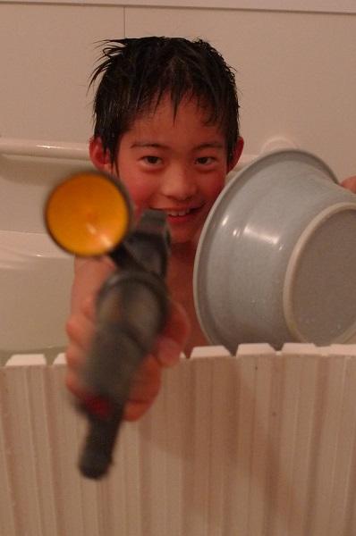 130526-water rifle