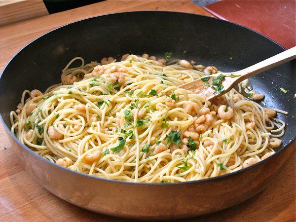 espaguetis-con-gambas-al-ajillo1.jpg
