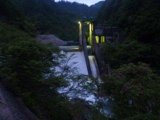s01泡滝ダム