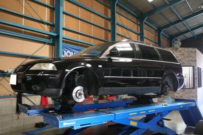 VW パサートワゴン タイヤ交換