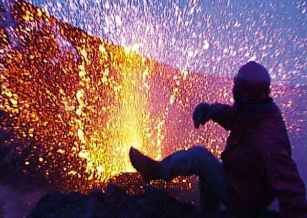 とある割れ目噴火に驚く人補足image_convert_20140107220832