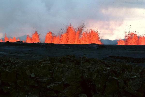 割れ目噴火(アイスランド)image
