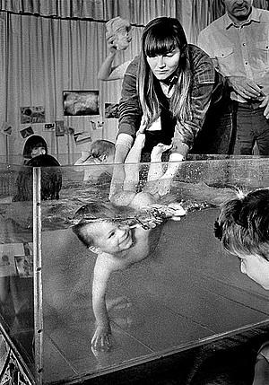 水中の赤ちゃんなimage