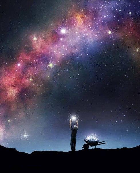 とある天空の情景と人のimage