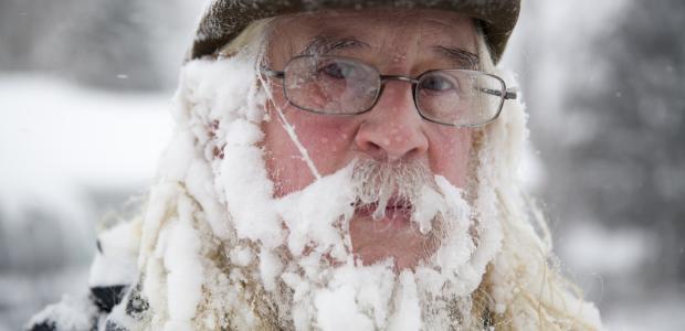 アメリカの大寒波(凍りそうな人)image