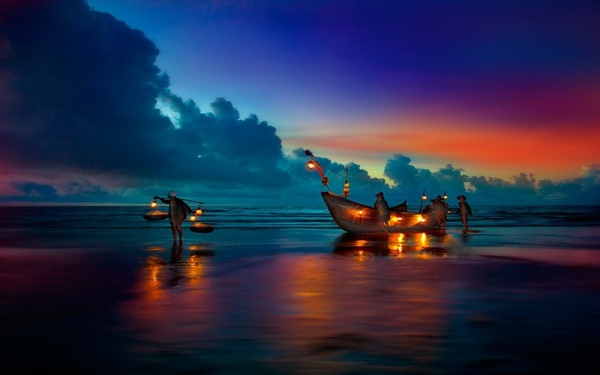 とある海辺と漁師たちimage