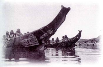 カナダの先住民とカヌーimage