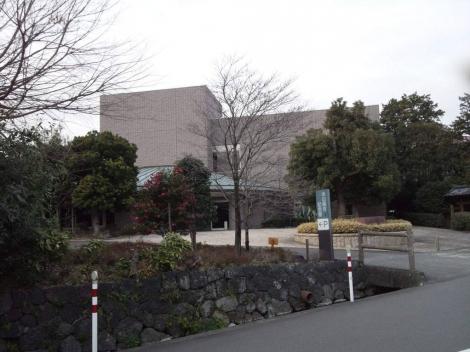 米山梅吉記念館の建物全景を写メしてみました