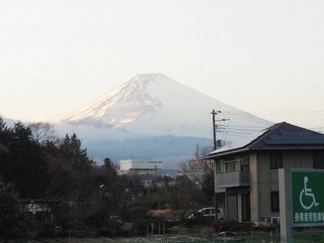 富士山2014.1.16の夕方の富士山写真を写メにて撮影しました