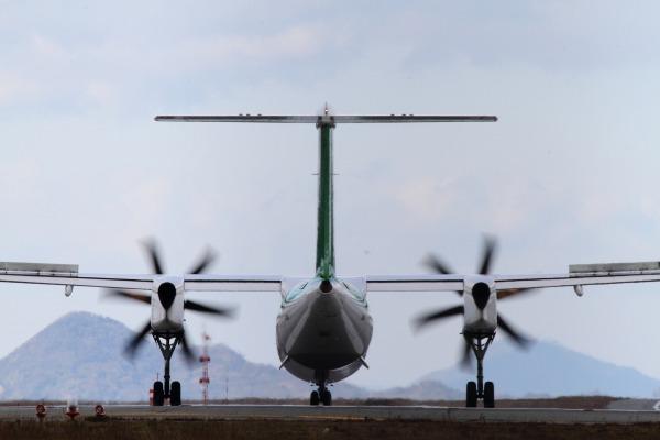 EH DHC-8-402Q JA858A RJOM 131228 019