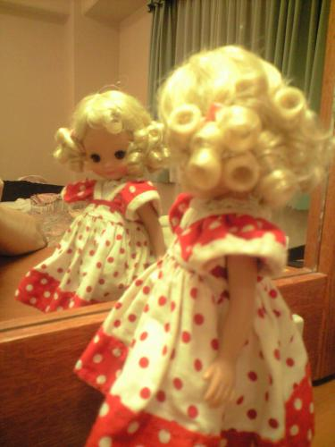鏡の中のブロンドベッツィ