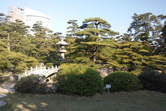 高松城庭園