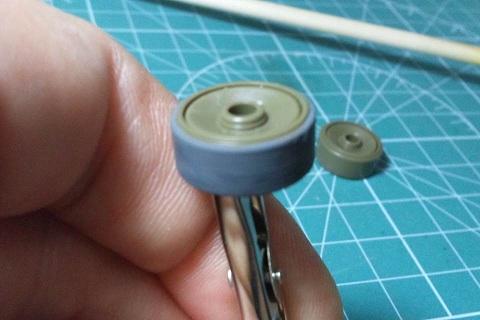 M4転輪塗装