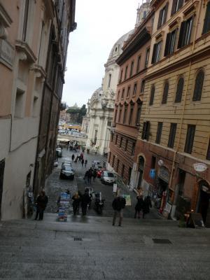 スリに出会った階段 ローマ