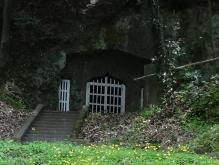 12:35 キリシタン洞窟礼拝堂 アップ