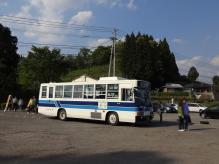 16:21 シャトルバスが第一駐車場に到着。