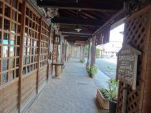 8:30 草野本家の向かいです。廣瀬資料館の前を通ってまた御幸通りに戻りました。