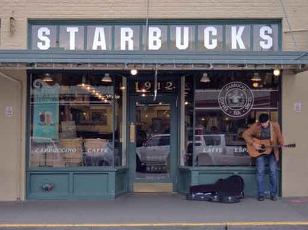 Starbucks-shop-first1912.jpg