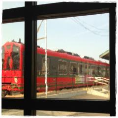 駅カフェ 電車