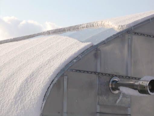20130401_ハウスに積もった雪