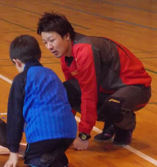 20130420_サインに応じる芳賀ちゃん