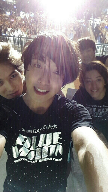 2013-06-19CNBLUE.png