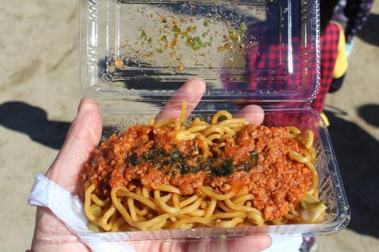 稲穂祭り 青春のトマト焼きそば