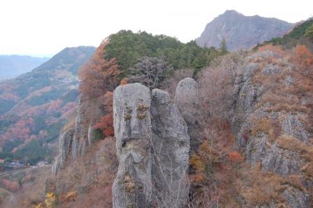 13鷹取岩