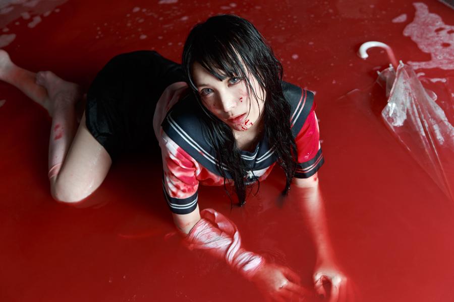 Blood-gr_04.jpg