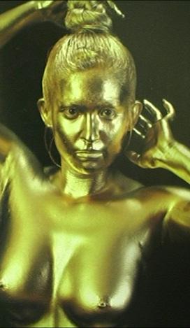 九鬼「黄金」樹まり子