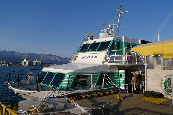 佐渡島 ジェットフォイル 水中翼船