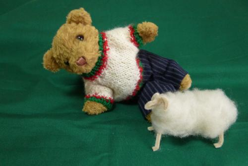 ベァーと羊毛マスコット