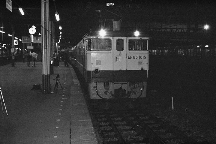 昭和60年正月_急行妙高_上野駅_01