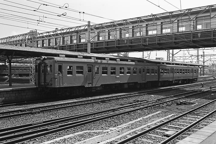 600318水郡線キハ25+キハ47_郡山駅