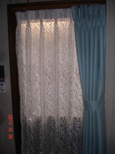 東リKSA3375、川島織物セルコンFF6710ウィローボウレース